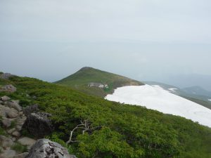 一の岳付近の残雪