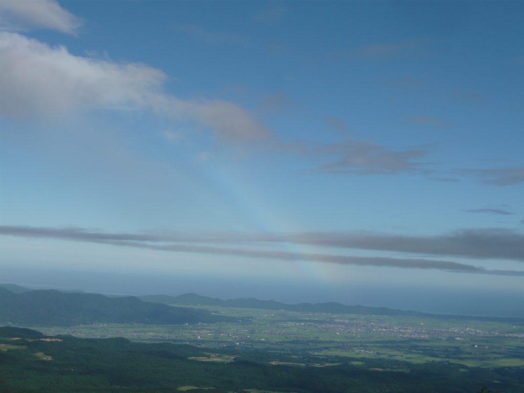 色のつかない虹、わかります?
